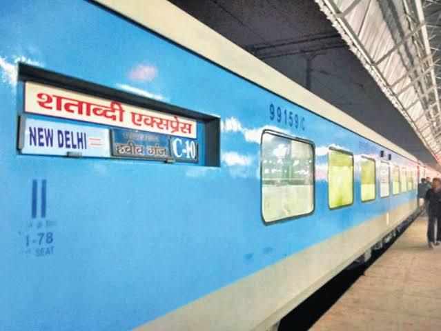 delhi-habibganj-shatabdi-express
