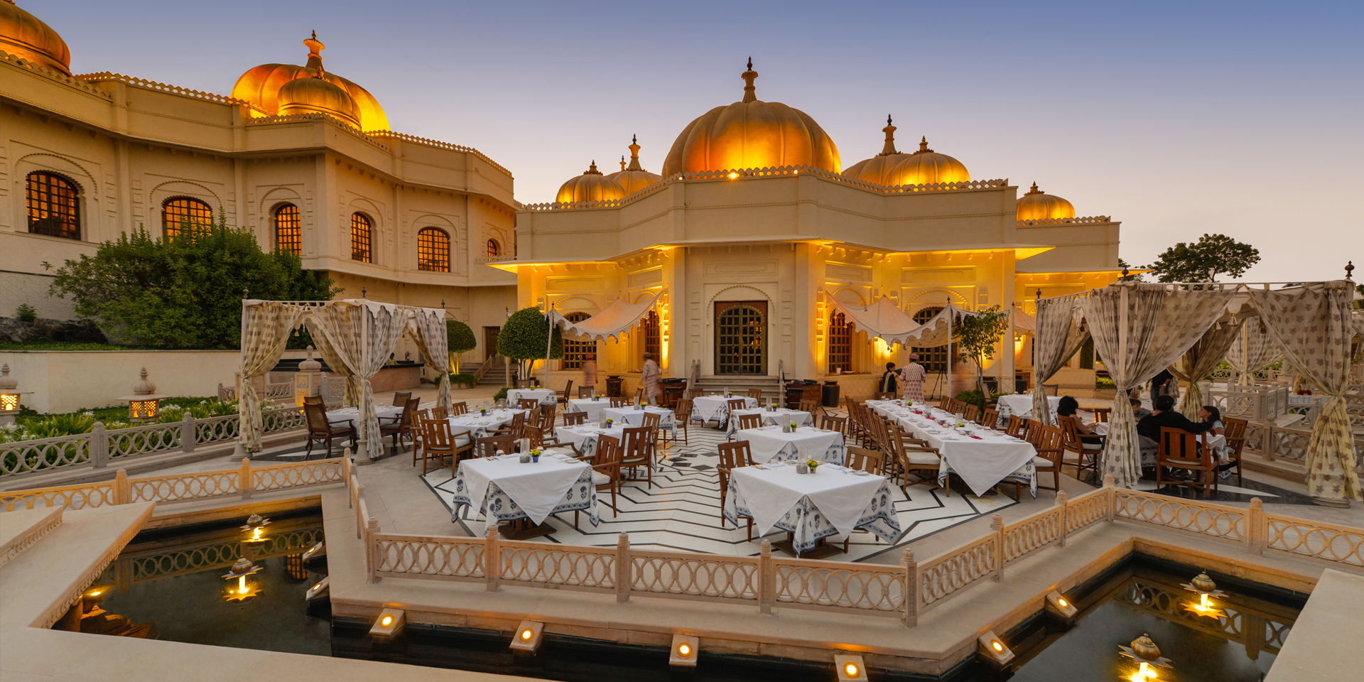Dinner at Oberoi Rajvilas, Jaipur