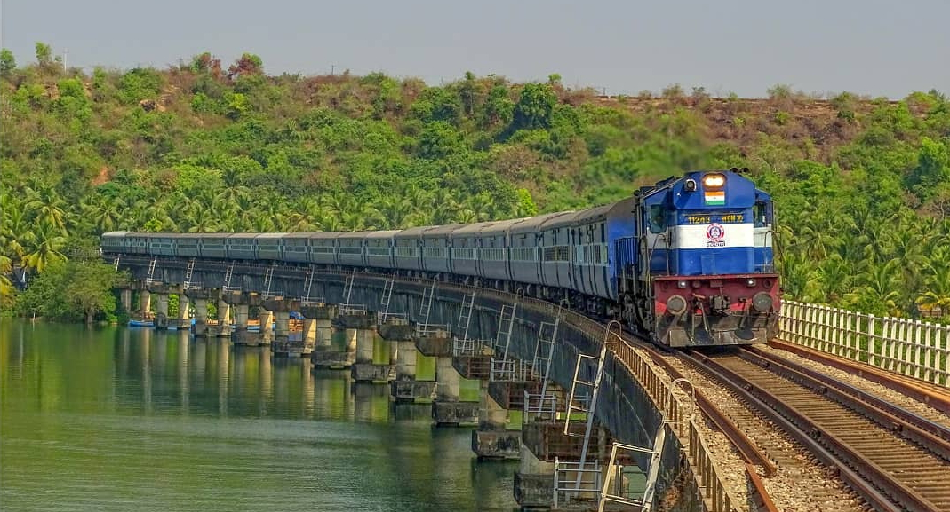 Best Train from Mumbai to Goa - Departure Dates and Fares