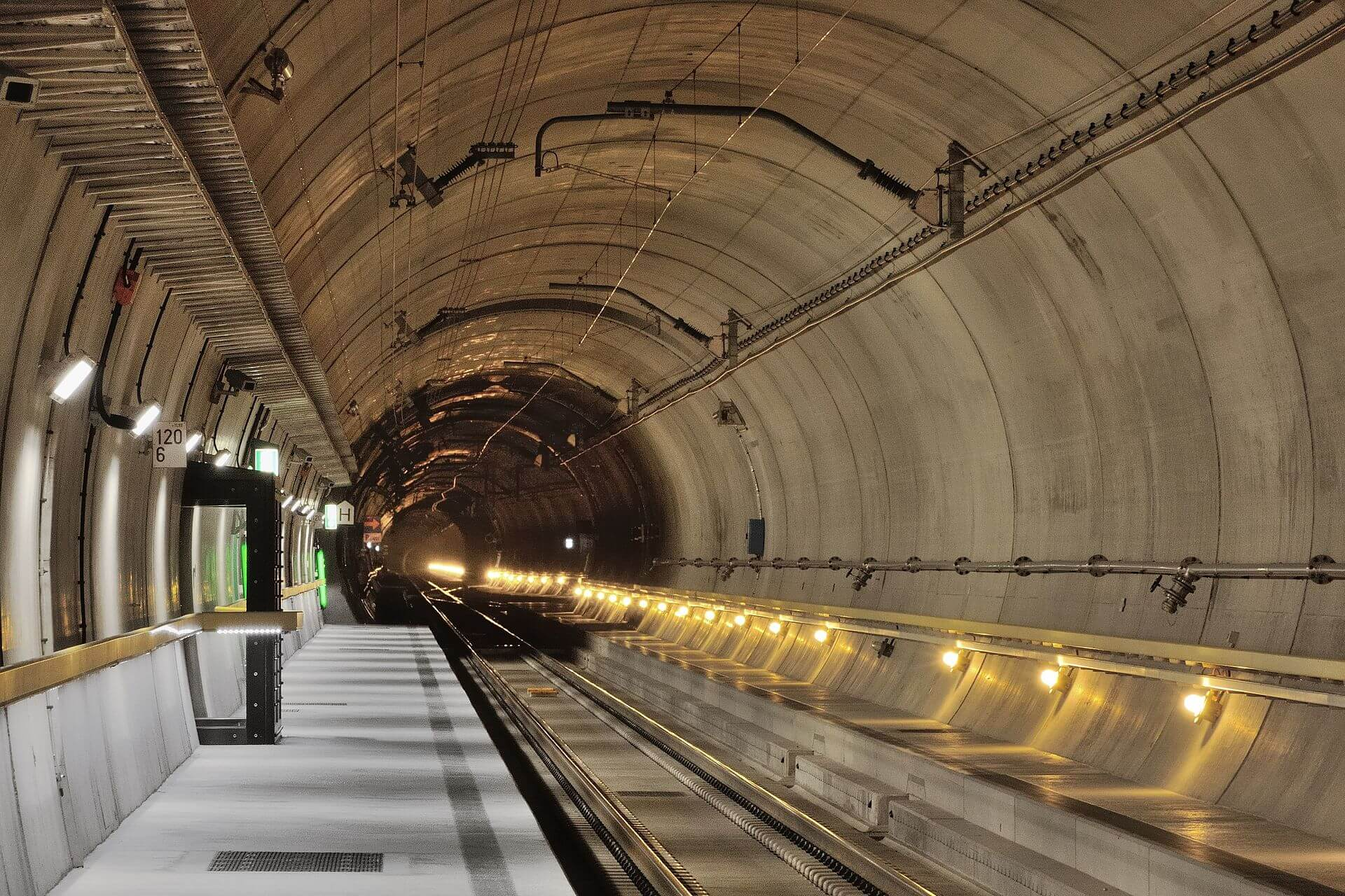 gotthard_base-tunnel