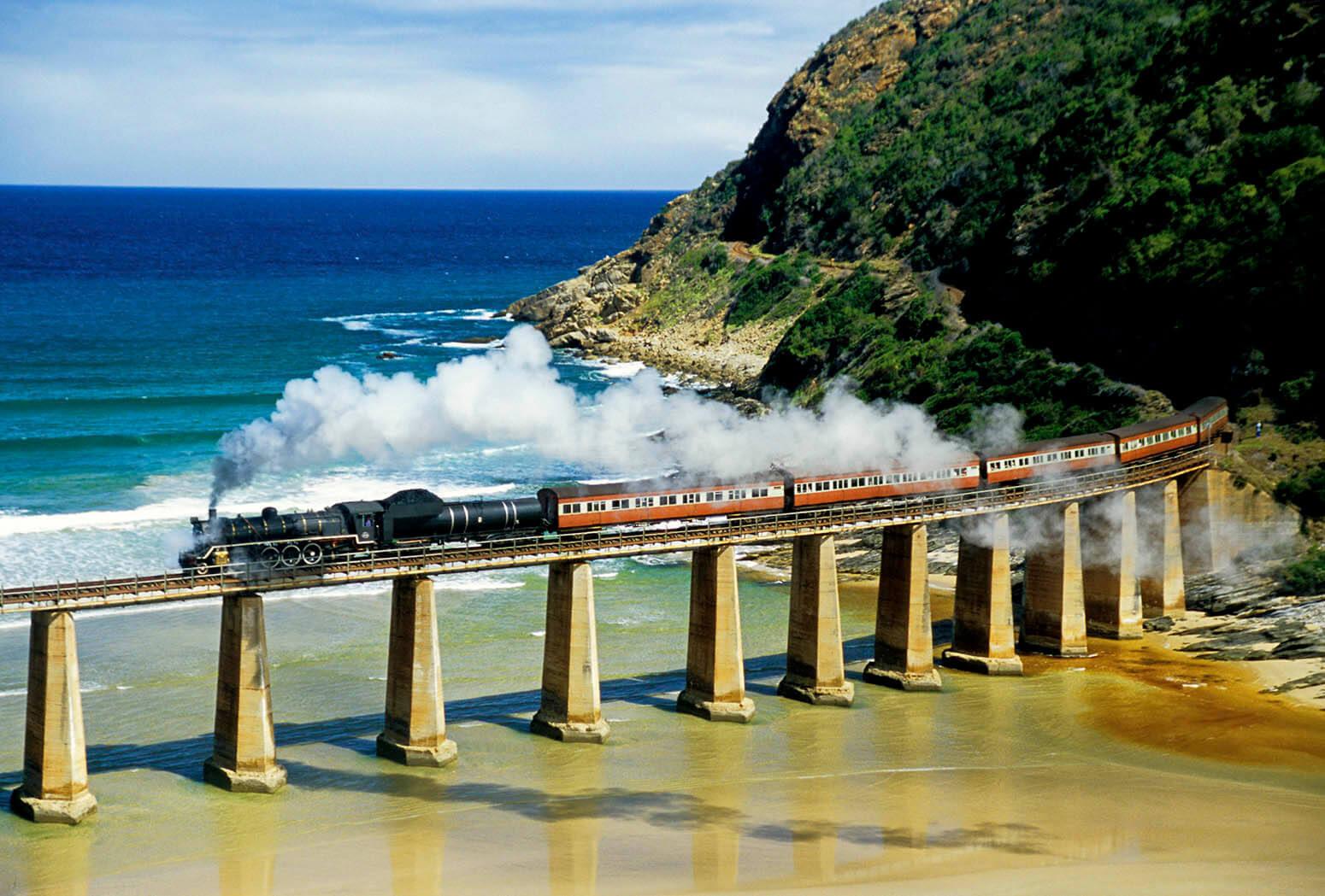 south-africas-outenigue-choo-tjoe-train