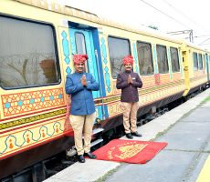 palace-on-wheels-train-images