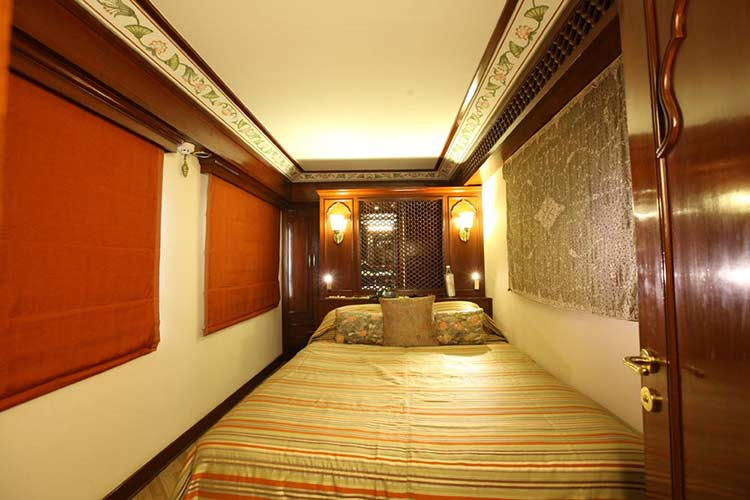 Maharajas' Express Presidential Suite price