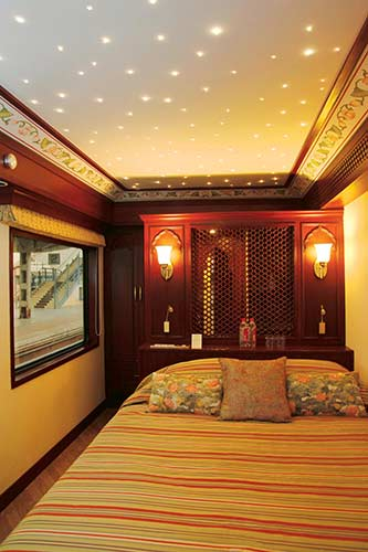 Maharajas' Express Presidential Suite pictures