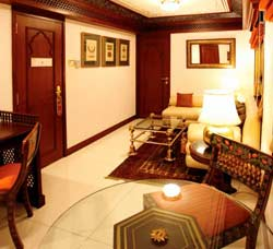 Maharajas' Express Presidential Suite booking