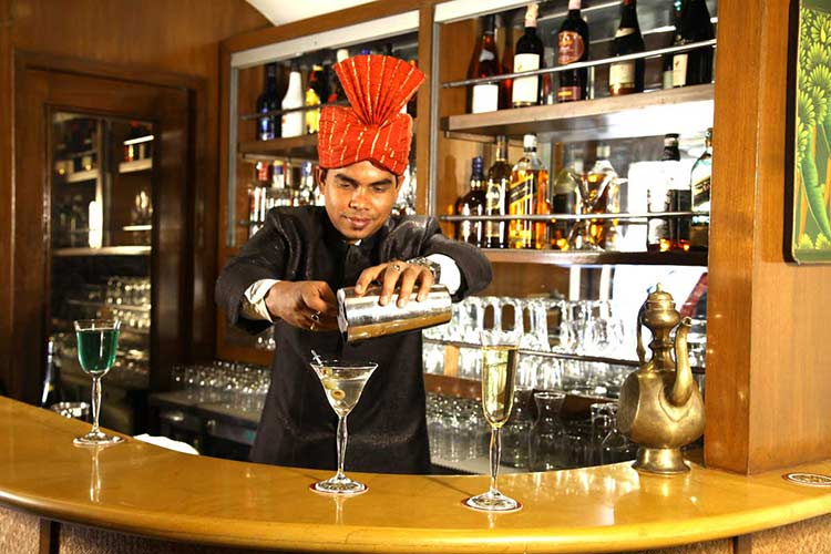 Maharajas' Express Safari Bar Photo Gallery
