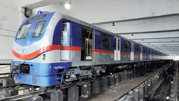 India's First Underwater Metro to begin services in Kolkata on Feb 13th, 2020